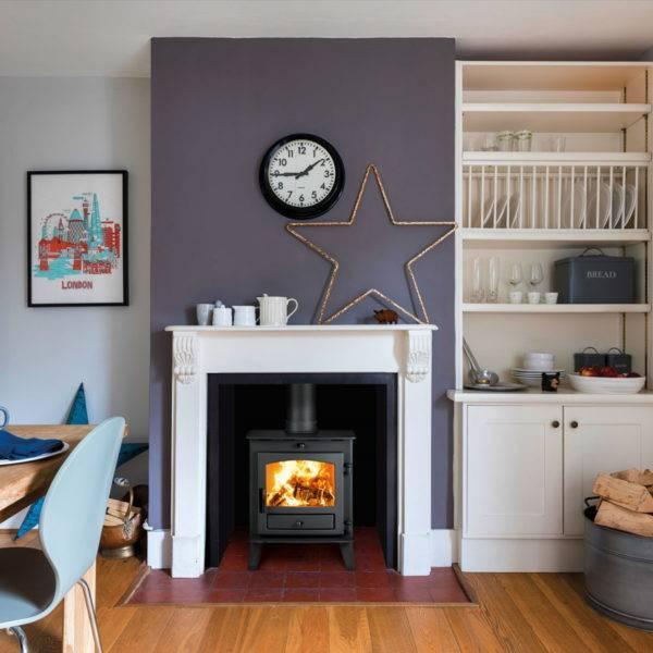 Avalon 4 lit in fireplace