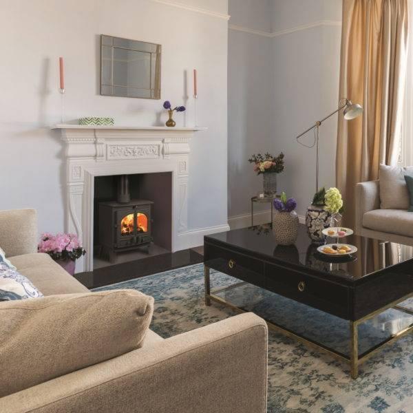 Consort 5 double doors in living room